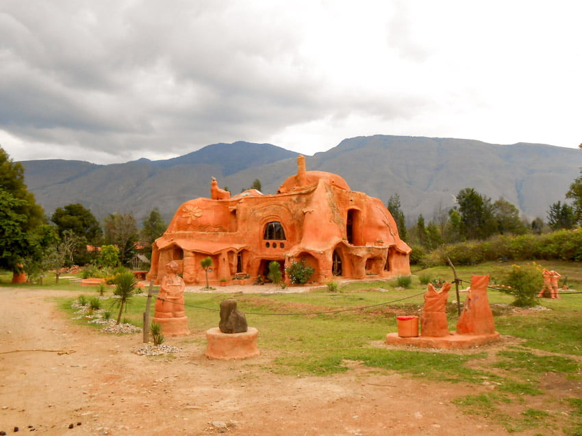 maison terracota à voir à villa de leyva voyage en Colombie