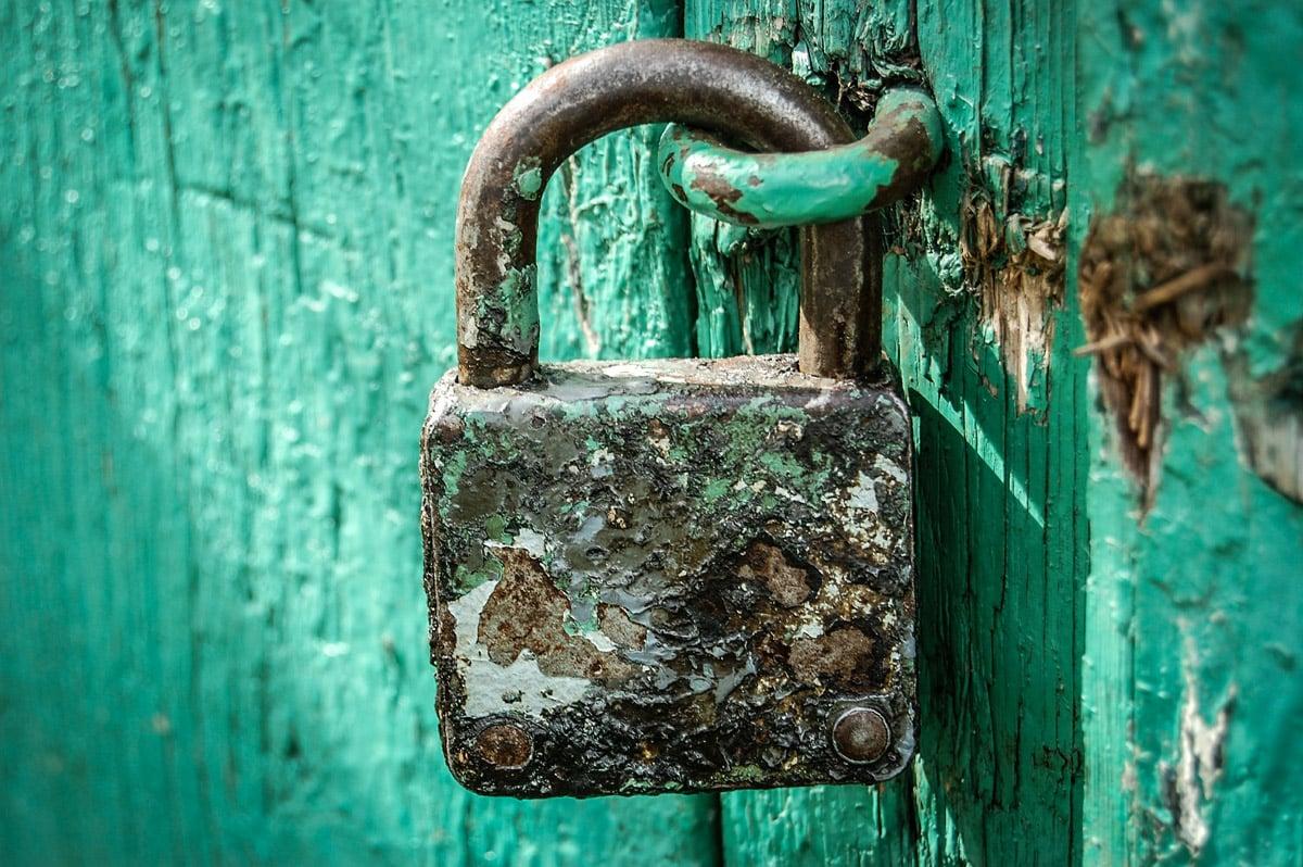 pourquoi utiliser un VPN en voyage pour se protéger contre le piratage internet