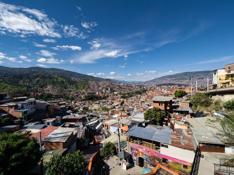 Graffiti Tour à la comuna 13 à Medellin Colombie
