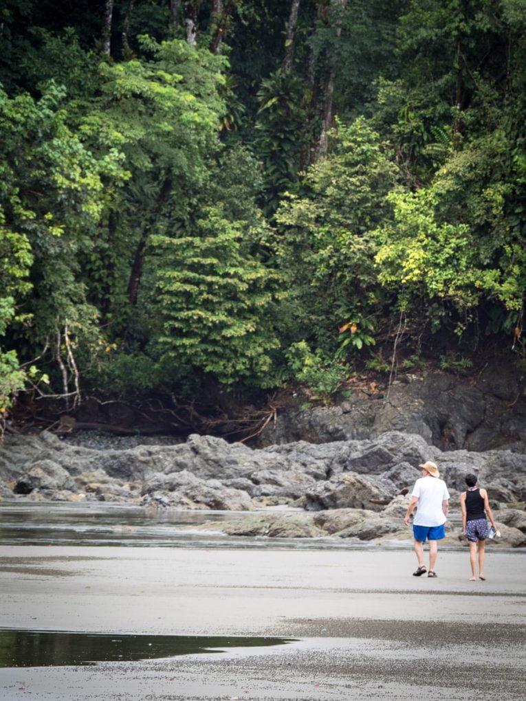 La plage El Tigre à El valle , Bahia Solano en Colombie