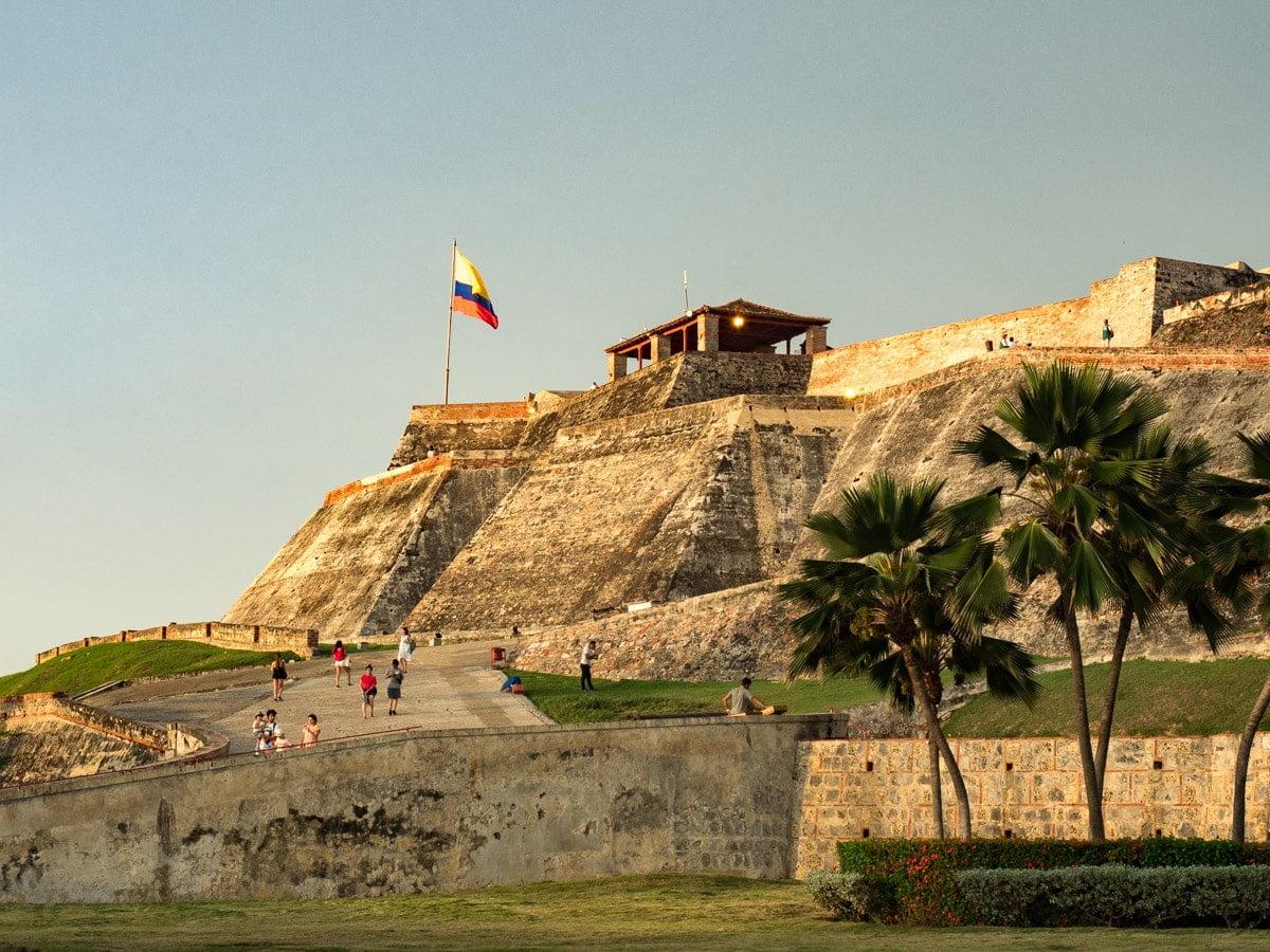 visiter le castillo de san felipe lors d'un voyage à Carthagène des indes en colombie