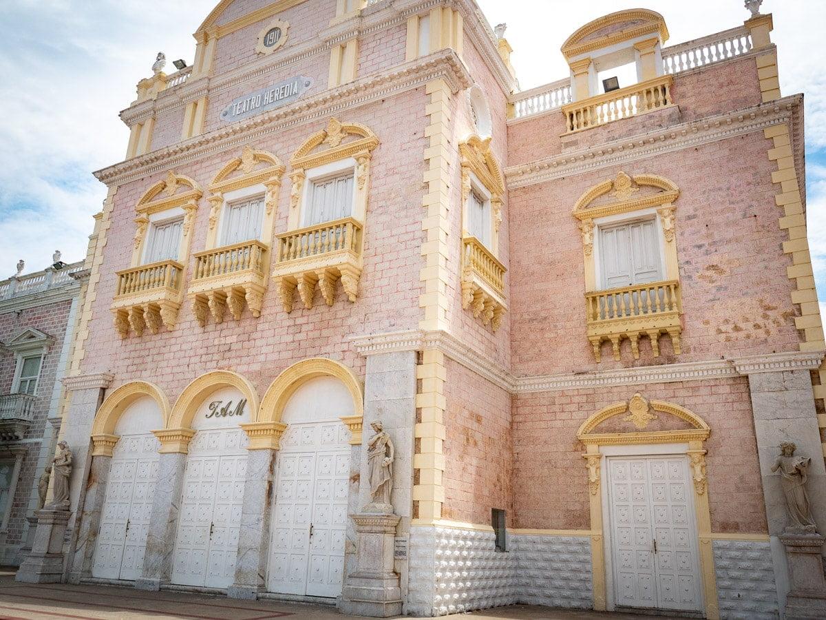 voir le théâtre lors d'une visite de Cartagena