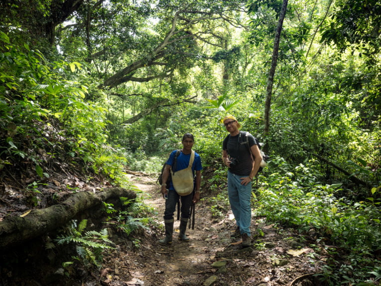 Avec Isaias, guide indigène de Sierraventur Travel