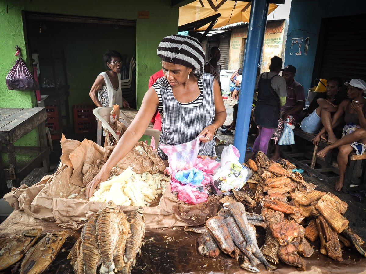visiter le marché de bazurot cartagena hors des sentiers battus colombie
