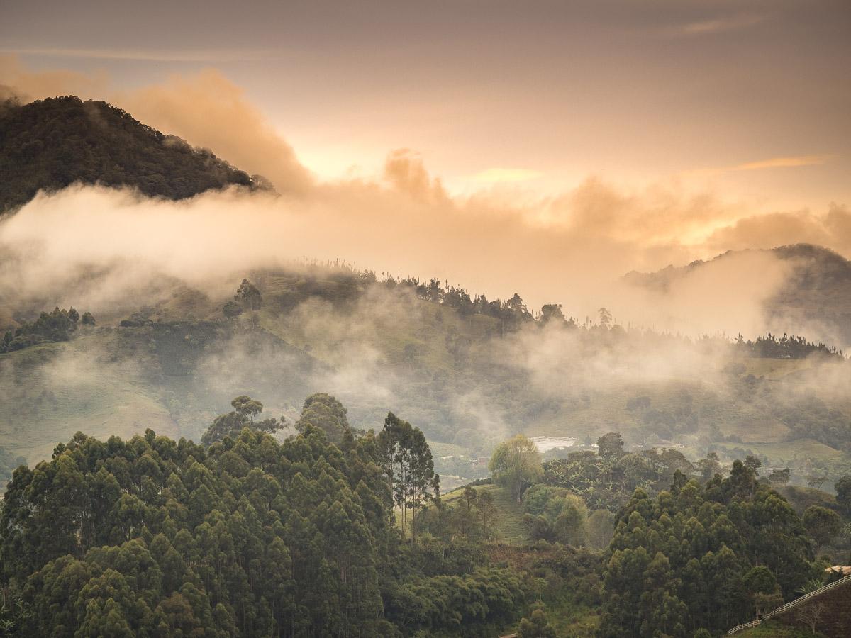 Géographie, météo et réseau routier dans la région andine en Colombie