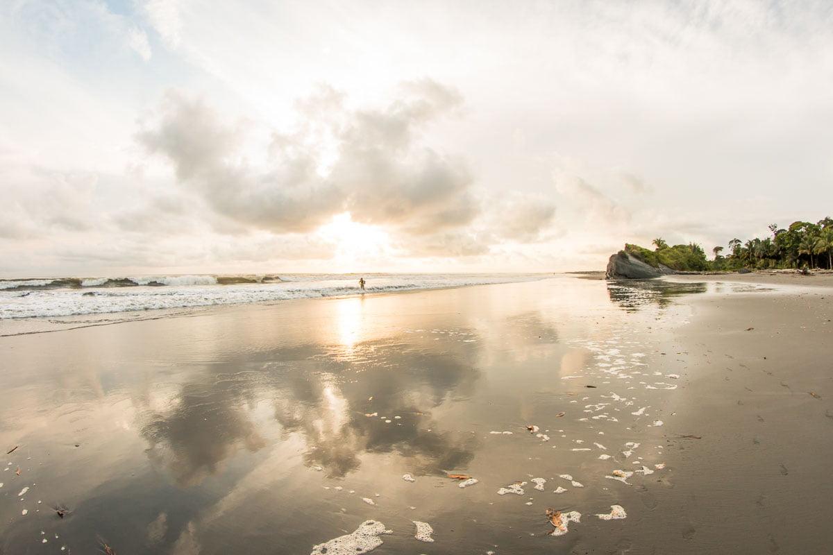 plages près de Buenaventura en colombie