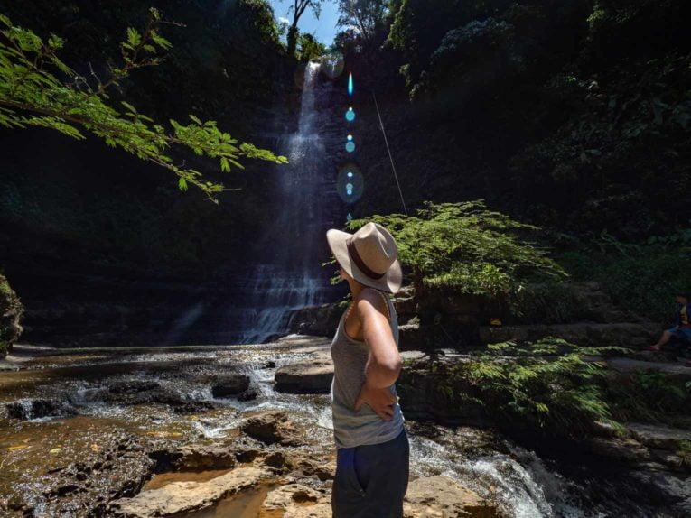cascade juan curi, san gil, road-trip en colombie