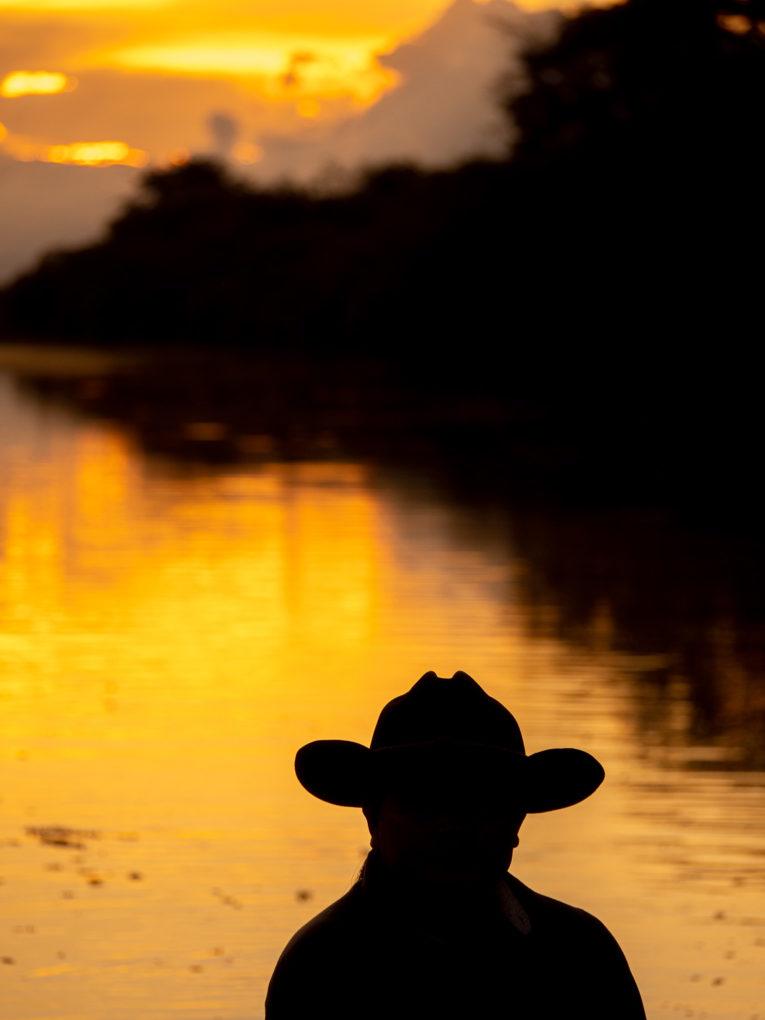 Cow boy au Coucher de soleil dans le Casanare