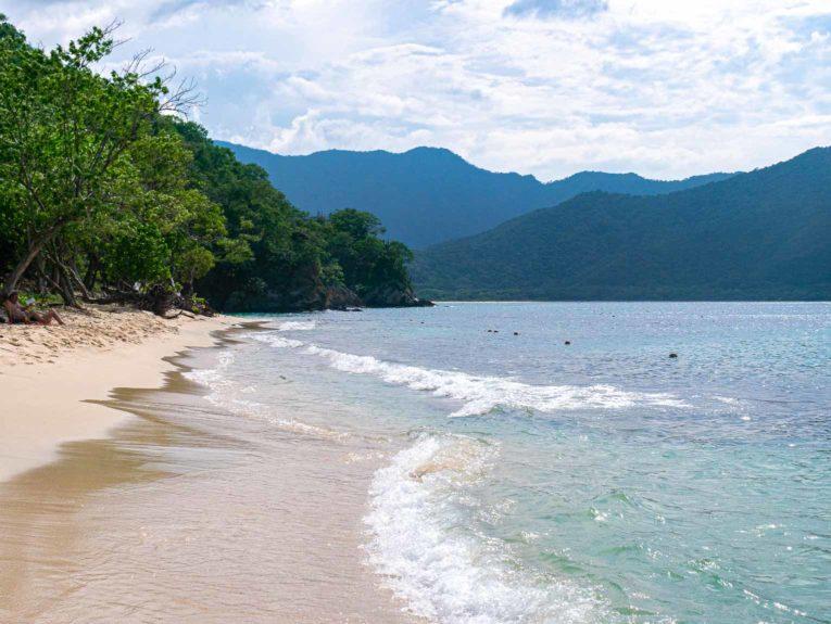 Playa Cristal dans le Parc Tayrona en Colombie