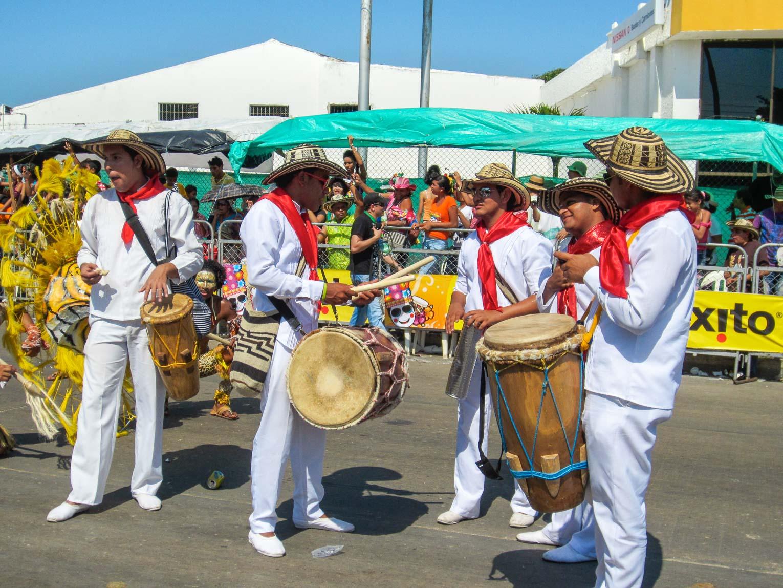 Les tambours de la cumbia colombienne