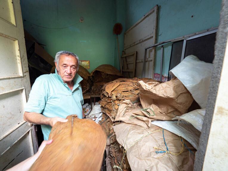 Visiter un fabrique de tabac à Giron en Colombie