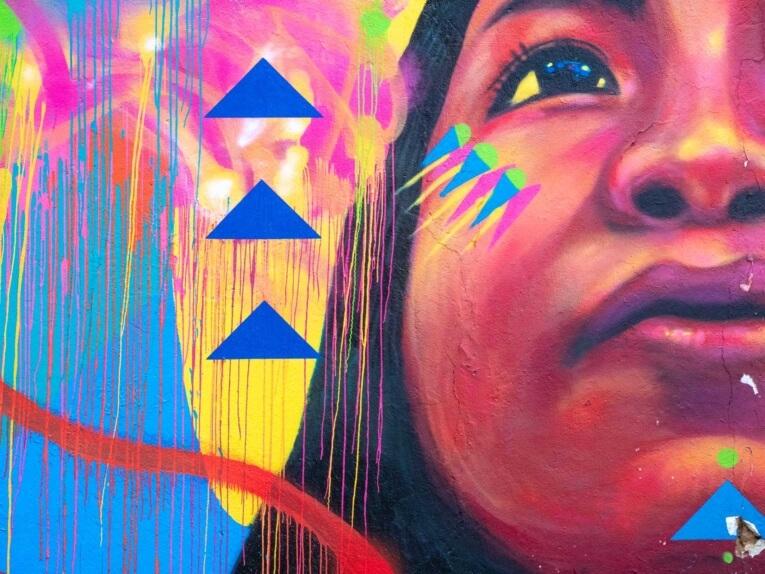 Guache street art bogota