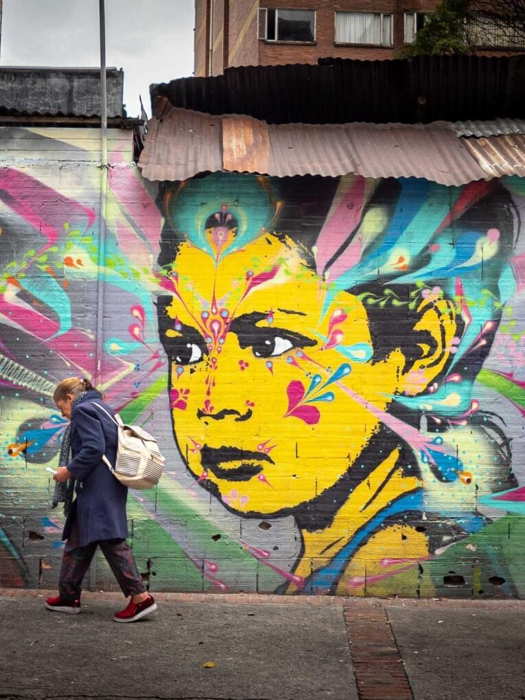 Stinkfish street art bogota